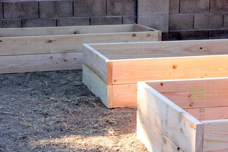 Awesome Type Of Wood For Raised Garden Part - 4: Raised-garden-boxes-1